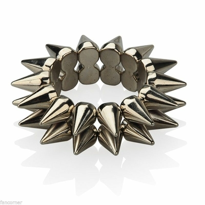 bracelet-piques-abby-du-ncis