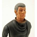 figurine-spock-age-detail