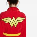 peignoir-wonder-woman-detail-logo