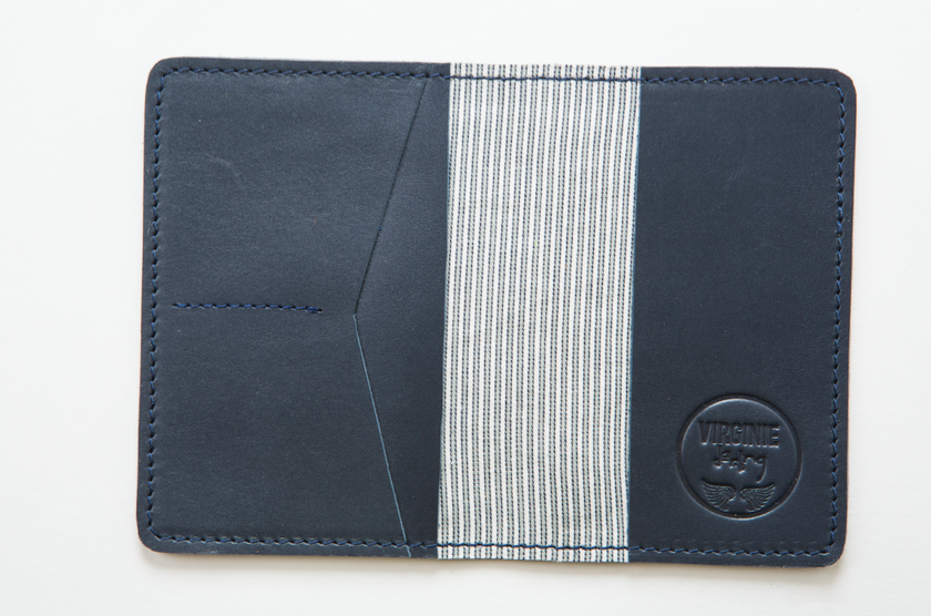 PORTE PASSEPORT DEEP BLUE (2)