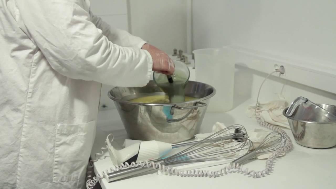 Devenir savonnier: la formation pour tester le métier savonnier.