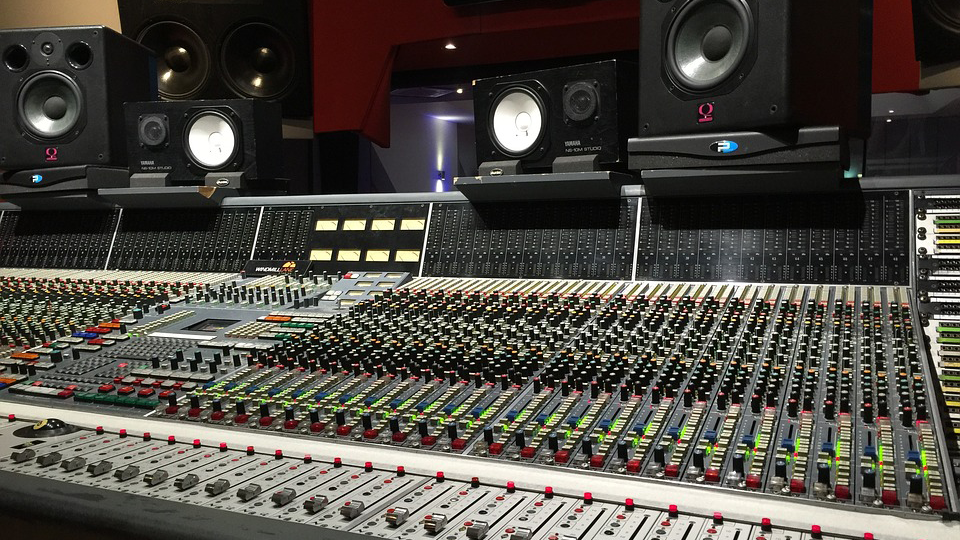 Devenir ingénieur du son: la formation pour tester le métier ingénieur du son.
