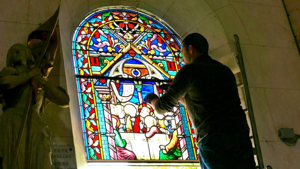Devenir vitrailliste: la formation pour tester le métier vitrailliste.