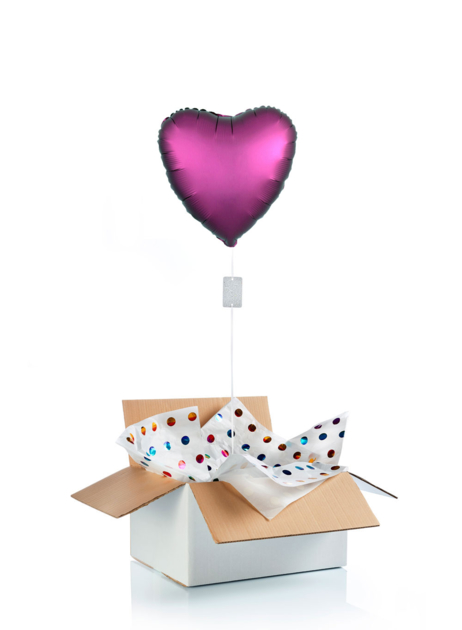 Ballon surprise gonflé à l\'hélium : grand coeur rose foncé satiné