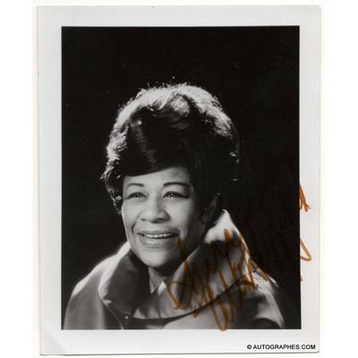 Ella FITZGERALD - Photographie dédicacée et signée (Olympia / années 60)