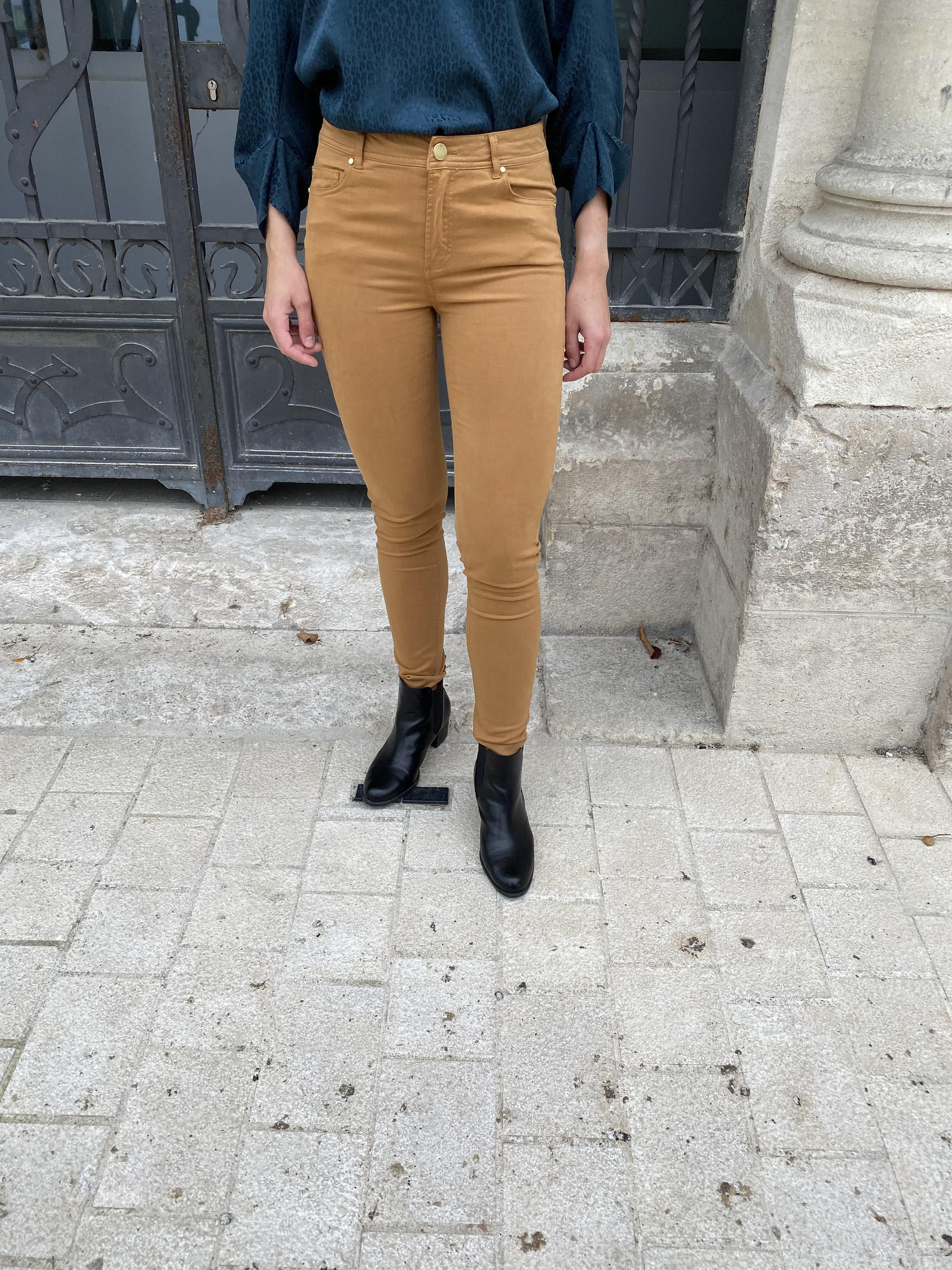 PTW 2011F PANTALON TAILLE HAUTE SLIM CAME 1