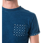 Tee-shirt uni poche et revers de manche imprimé 3