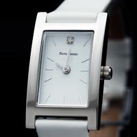 001D600 zoom 79€ cuir blanc