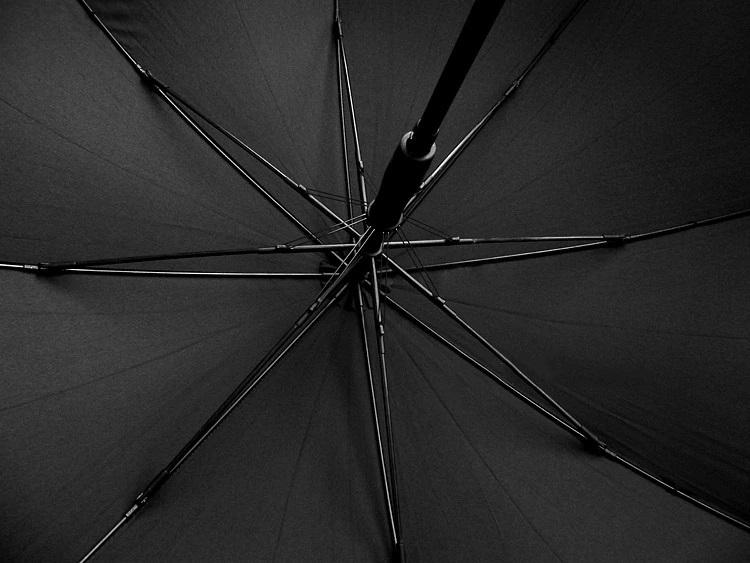 Parapluie long automatique noir baleines
