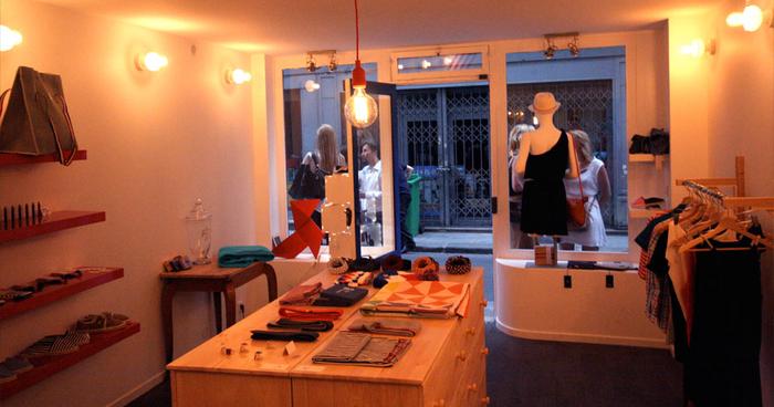 blog parapluie blog de la boutique parapluieparis. Black Bedroom Furniture Sets. Home Design Ideas
