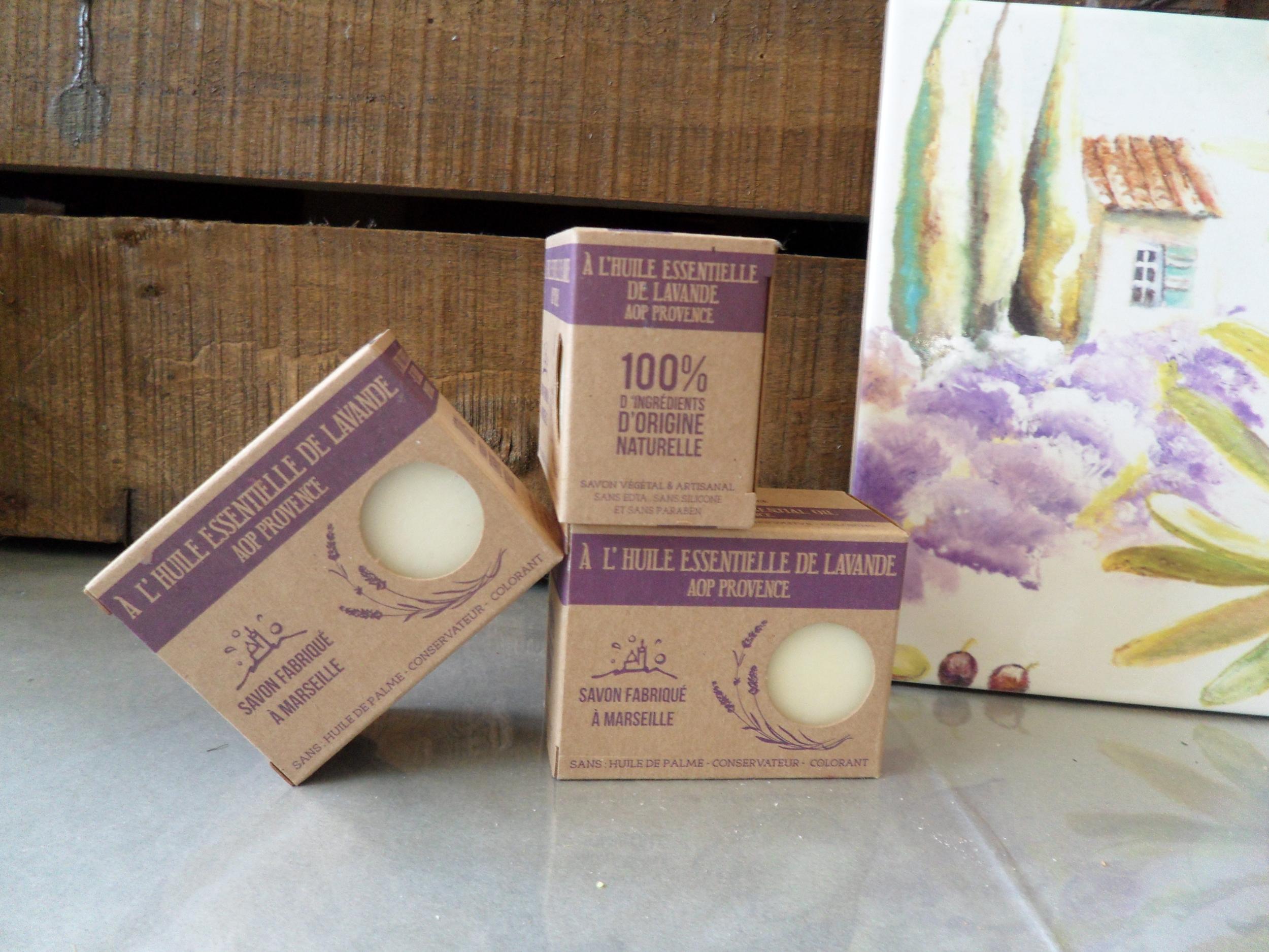 Savon à l\'huile essentielle de Lavande AOP Provence 150 g
