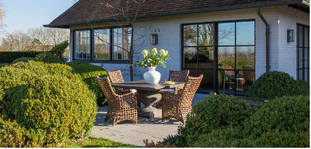 chaise_nolai_jardin_flamant_villa_demeure