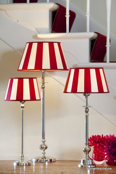abat jour rond ray rouge et blanc 35 cm villa demeure paris. Black Bedroom Furniture Sets. Home Design Ideas