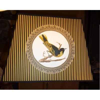 Abat-Jour OISEAU JAUNE B rectangle Ø 28 cm fond safran rayures noires