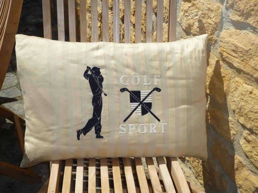 coussin_golf_sport_fs_home_collections_villa_et_demeure