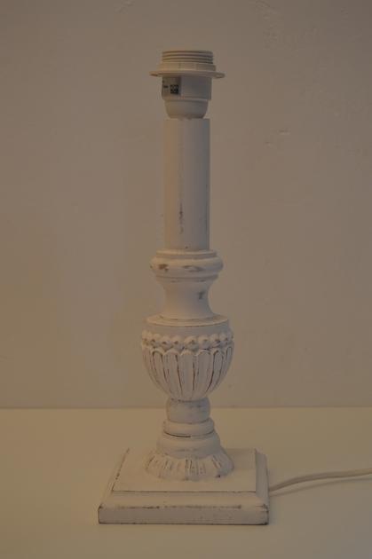 pied_lampe_blanc_ceruse_sunda