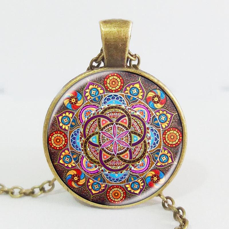 Collier médaillon Mandala