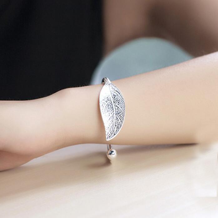 """bracelet"