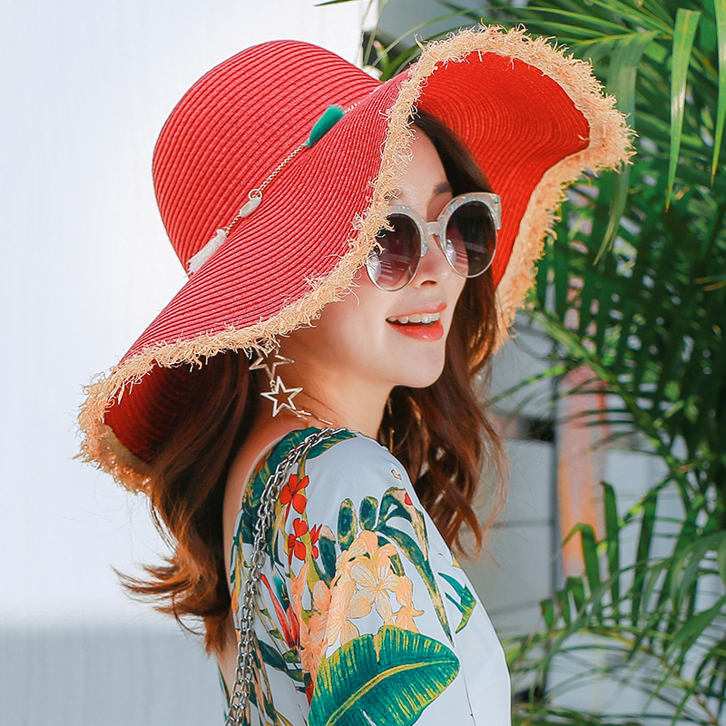 chapeau de plage femme en paille à bord large