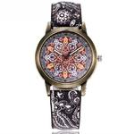 Dropshipping-Femmes-Creative-Fleur-Montres-Dames-De-Mode-Casual-Montres-Quartz-En-Cuir-Cadeau-Horloge-Relogio_1