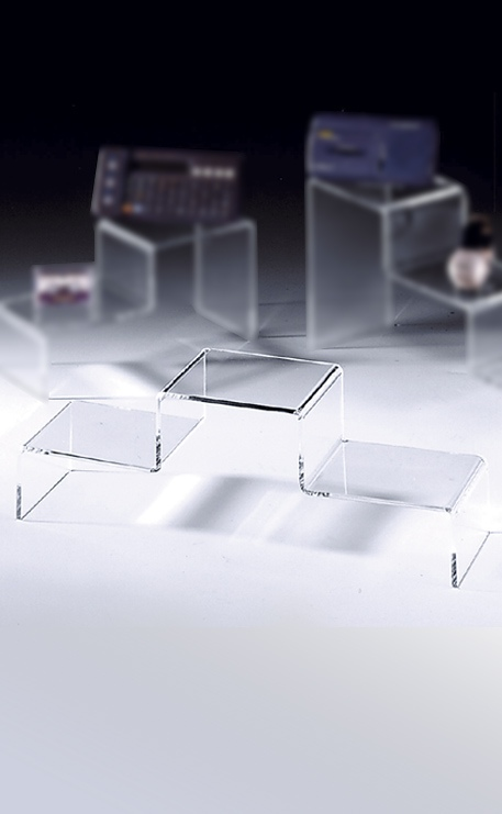 PODIUM PLEXIGLAS 3 MARCHES