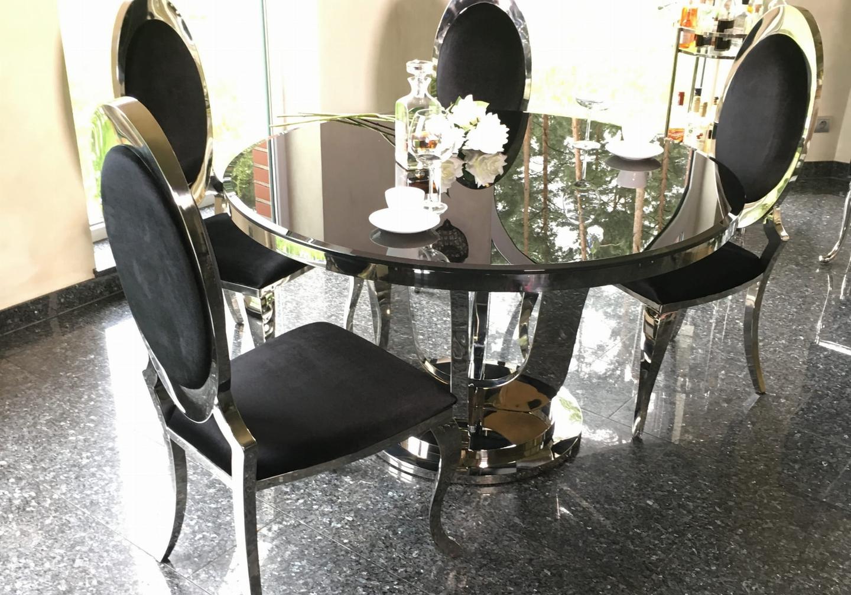 Chaises médaillon chromé velours noir ÉVI.3