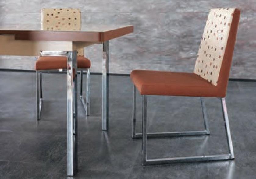 table-extensible-verre-securit-chaises-marron-rest
