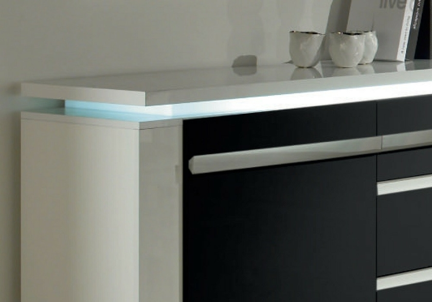 Salle manger laqu blanc noir clairage riva collection for Salle a manger riva