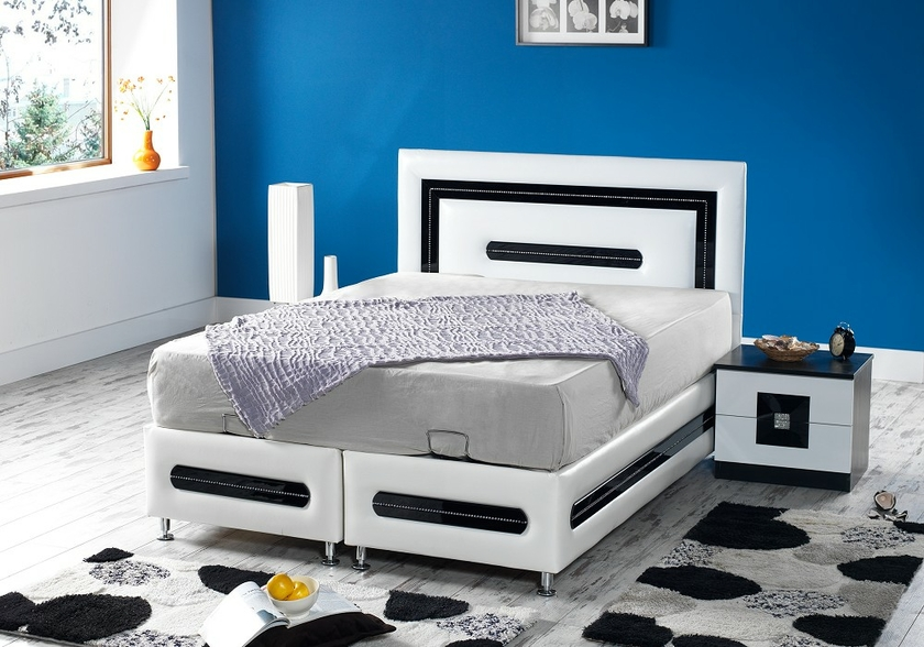 lit coffre t te de lit simili cuir blanc azra design pas cher. Black Bedroom Furniture Sets. Home Design Ideas