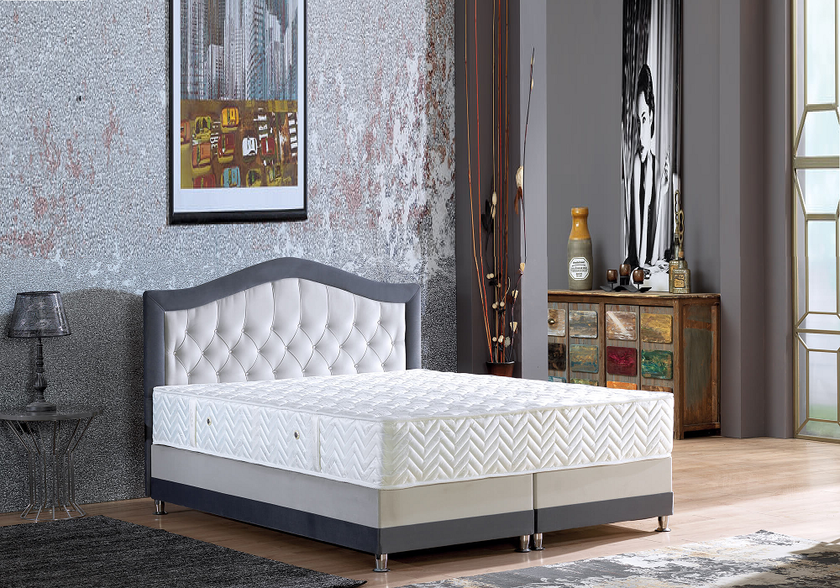 lit coffre capitonn velours matelas novara king size. Black Bedroom Furniture Sets. Home Design Ideas