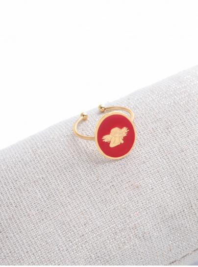 M18R021 Bague réglable ange fond rouge doré pendentif H1.50cm  L1.2cm cm acier inoxydable - Milë Mila 14.4