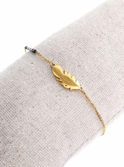 Bracelet plume dorée perles noires pendentif H0.8cm L2.0cm acier inoxydable - Mile Mila  M1BR086 14.4