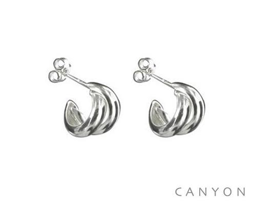 E1626 Boucles d'oreilles créoles en argent formé de 2 petits anneaux Dimensions  1,4 cm 27€