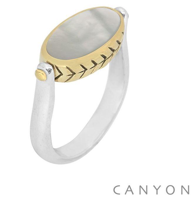 Bague en argent ovale réversible oeil de tigre et nacre blanche avec un serti laiton gravé - Canyon r5233 56€ 1.6x0.9 2