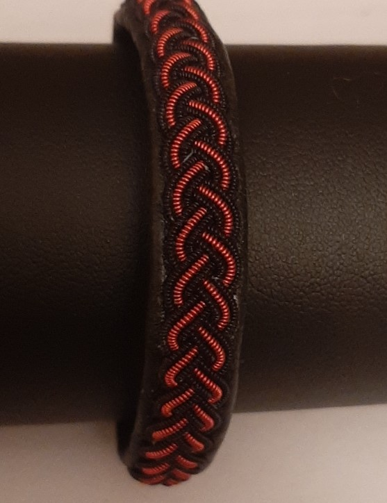 Bracelet FUNKY GOLD rouge collection gold - cuir naturel de renne et fils d'argent - Hanna Wallmark 2 119