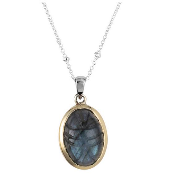 Collier compose d\'une chainette decoree de boules en argent et d\'un pendentif en forme de scarabee en labradorite sertie de laiton argent 925 - Canyon