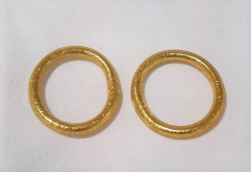 Bague anneau temple tibétain bouddhiste poudre d'or et huile dans tube scellé - taille M – La Belle Simone Bijoux