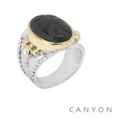 Bague en argent grand modèle scarabée onyx noir et 2 perles blanches - Canyon