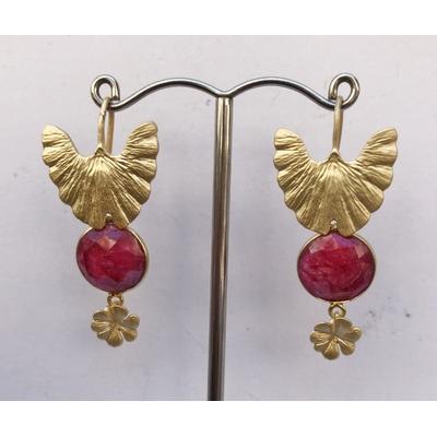 Boucles d'oreilles clous ailes racine de rubis et plaqué or LA BELLE SIMONE