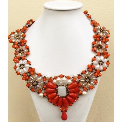 Collier corail et blanc perles de verre facettées Marion Godart
