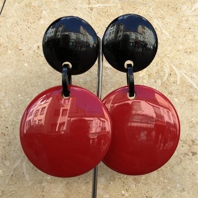 Boucles d'oreilles clips rouge et noir - Marion Godart