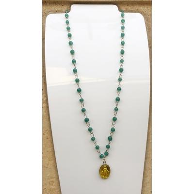 Collier religieux perles de verre vertes médaille jaune recto-verso madone-croix  chaine argenté 44cm + rallonge  - La belle Simone Bijoux