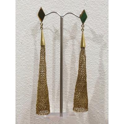 Boucles d'oreilles clous cône doré - fil de laiton tricoté main - Soninké