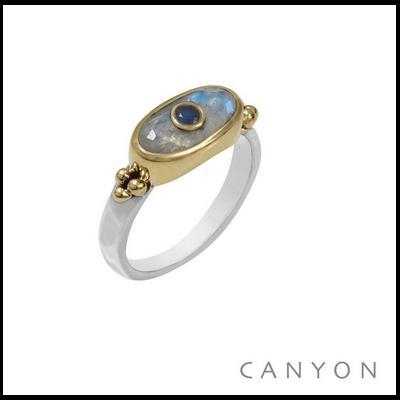 Bague argent 925 et laiton petit rectangle pierre de lune et petite sillimanite bleue - Canyon
