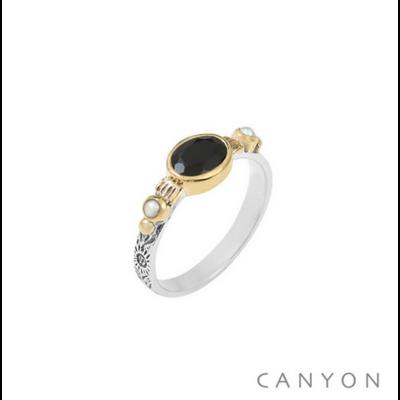 Bague argent 925 onyx noir sur anneau gravé et 2 perles blanches serties de laiton - Canyon