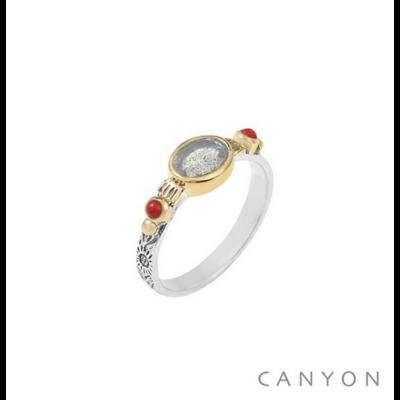 Bague argent 925 labradorite sur anneau gravé et 2 perles de corail serties de laiton - Canyon