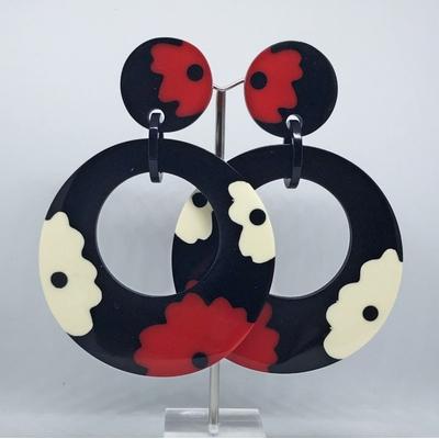 Boucles d'oreilles clips grande créole fleurs résine Marion Godart