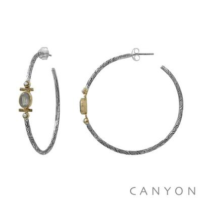 Boucles d'oreilles créoles en argent gravé pierre de lune et de 2 perles blanches - Canyon