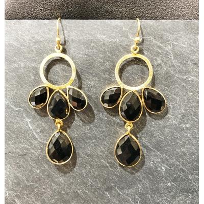 Boucles d'oreilles crochet onyx noir et plaqué or - La Belle Simone