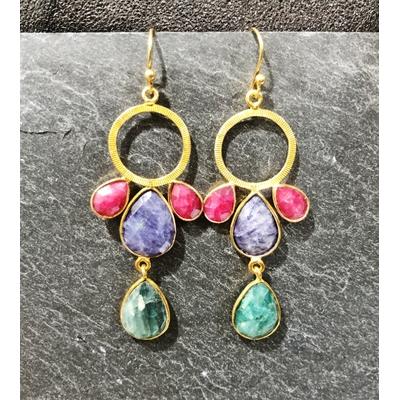 Boucles d'oreilles crochet racine de rubis, lapis lazuli, malachite et plaqué or - La Belle Simone